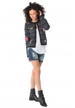 CHAQUETA CHANEL CON PARCHES